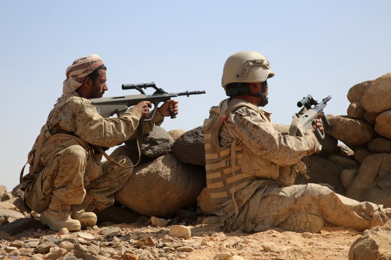 تقدم الجيش و«اللجان» على أكثر من محور قرب «معسكر كوفل» في مأرب