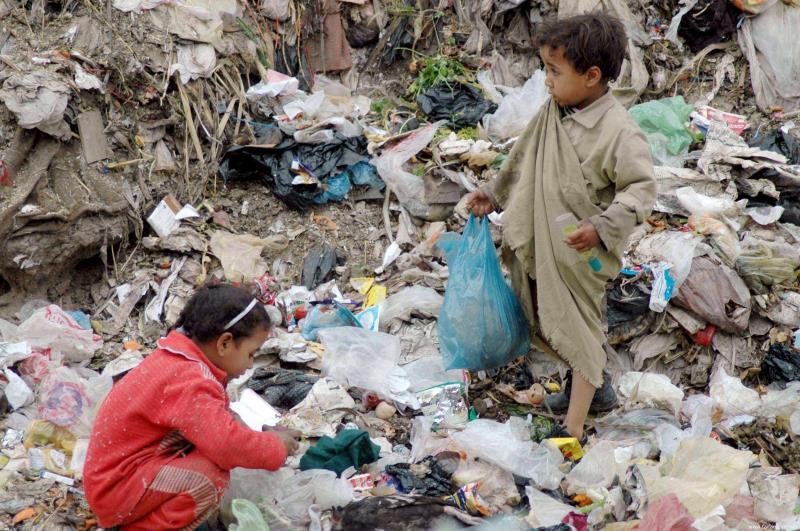 أعلن الحصار على 26 مليون إنسان يمني يفتقر 50% منهم إلى الأمن الغذائي