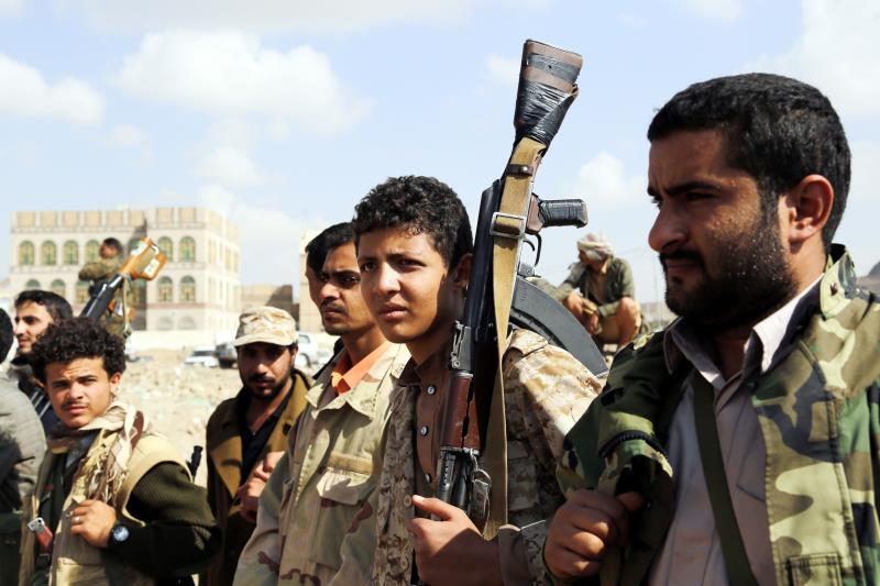 """صدّ الجيش و""""اللجان الشعبية"""" محاولة للجيش السعودي للهجوم على منفذ حرض الحدودي"""