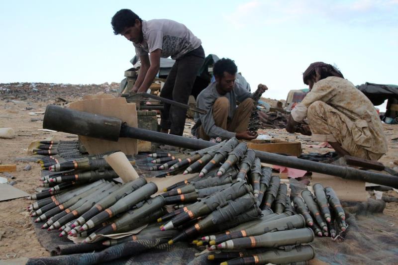 أكد الجيش التنسيق المستمر مع أبناء القبائل لتأمين مناطقهم من خطر المسلحين والتنظيمات التكفيرية