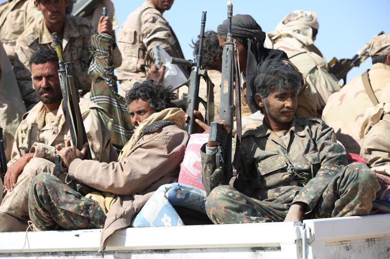 استهدف الجيش و«اللجان الشعبية» زورقاً حربياً قبالة سواحل المخا