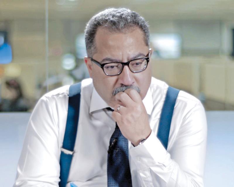 نشبت أزمة بين mbc والصحافي المصري إبراهيم عيسى، توقّف على إثرها برنامجه «الـBOSS»