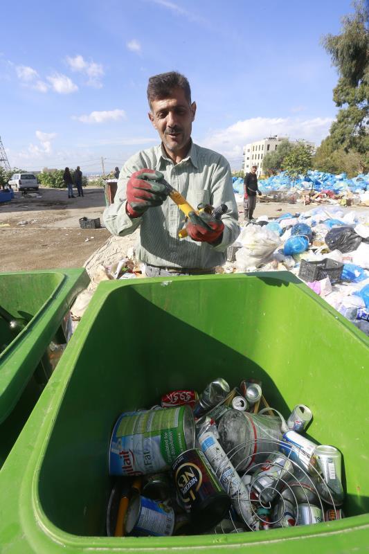 التكتم يحيط بصفقة ترحيل النفايات، ما يعزّز الشكوك حولها