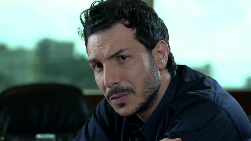 باسل خيّاط