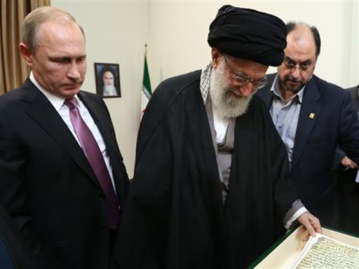 بوتين في إيران: كل من يقف ضدنا إرهابي
