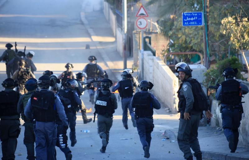 تقول الشرطة الإسرائيلية إن نحو نصف الفلسطينيين قتلوا برصاص عناصرها
