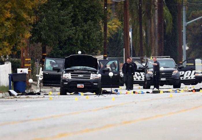 قاد مكتب التحقيقات الإتحادي التحقيق لإحتمال أن يكون الإعتداء هجوماً إرهابياً