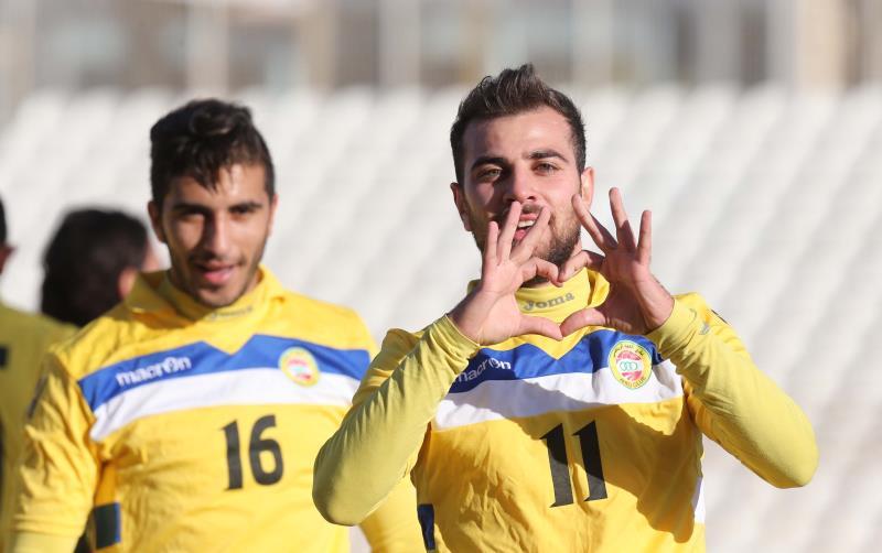 سجّل لاعب العهد أحمد زريق هدفين لفريقه في مرمى الإجتماعي