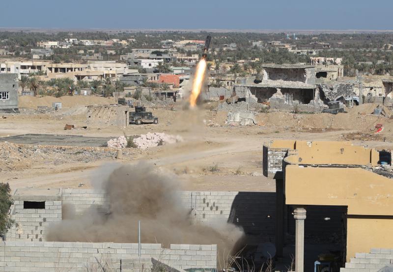 أحرزت القوات العراقية أمس تقدماً كبيراً في مدينة الرمادي مركز محافظة الأنبار
