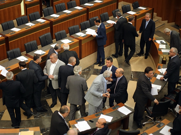 العونيون والقواتيون يشترطون لحضور الجلسة التشريعية وضع قانون  الانتخاب على جدول أعمالها  (مروان طحطح)