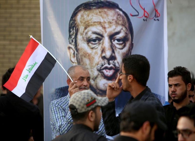 أعلن جاويش أوغلو عن زيارة مرتقبة لأردوغان إلى الرياض (أ ف ب)