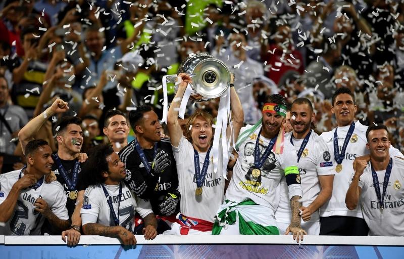 يجني الفائز بدوري الأبطال ما يقارب الـ  55 مليون يورو أما الوصيف فيحصل على 50 مليون يورو (أرشيف)