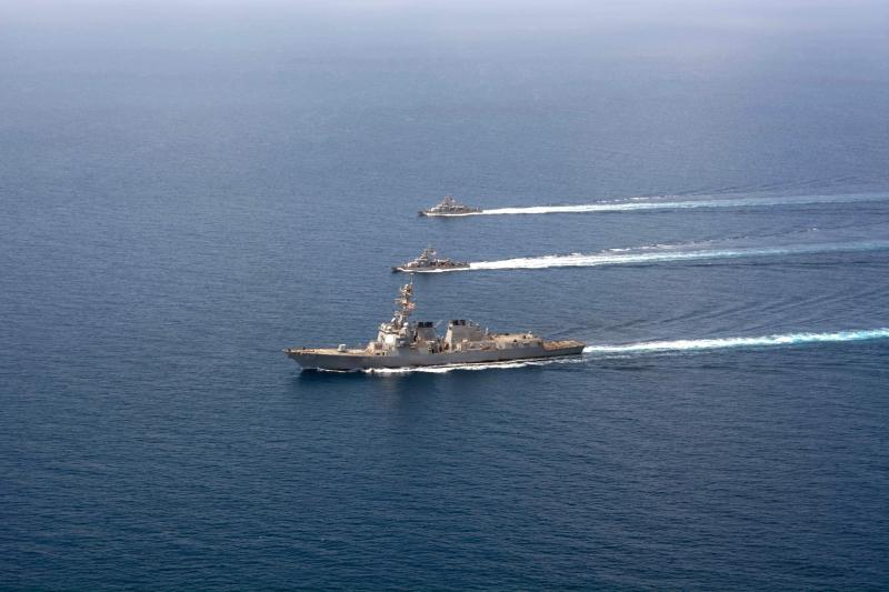 من تحدى المدمرة الأميركية بالصواريخ سيسهل عليه استهداف السفن الإسرائيلية (أ ف ب)