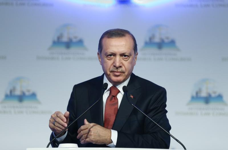 أشار أردوغان إلى علاقة بلاده بالمنطقة وسكانها من التركمان والعرب والأكراد (الأناضول)
