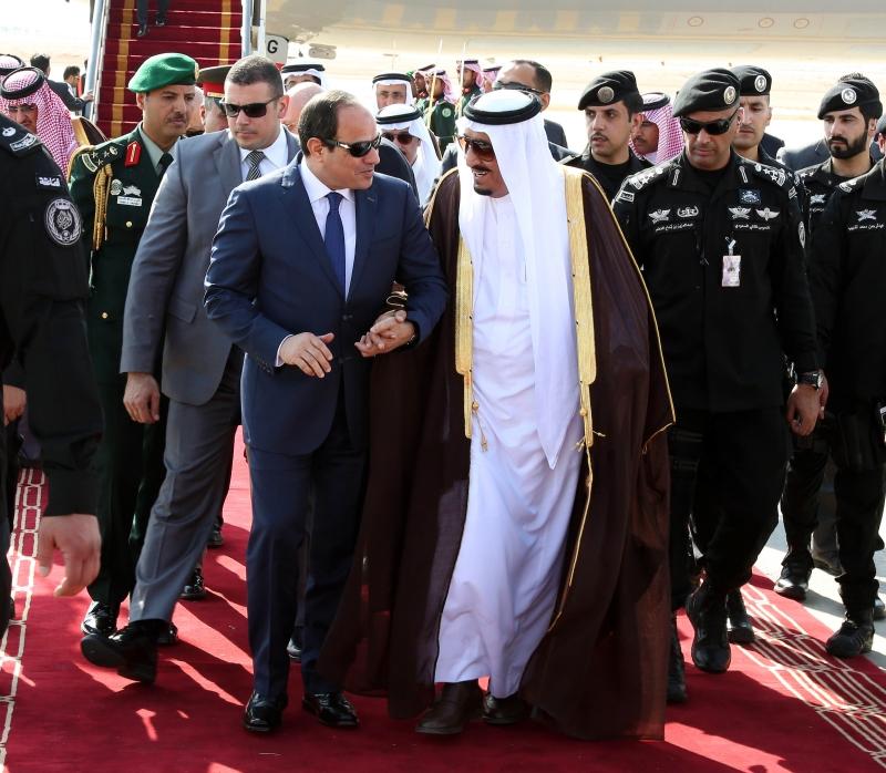 ستسعى الرياض إلى احتواء الخلاف بين القاهرة وأنقرة (أرشيف)