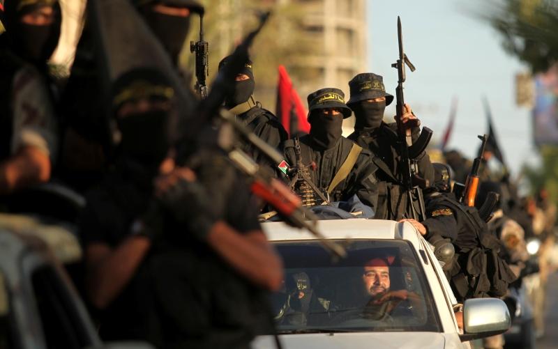 استعراض عسكري أقامته «الجهاد الإسلامي» في غزة أمس  بمناسبة ذكرى انطلاقتها (آي بي ايه)