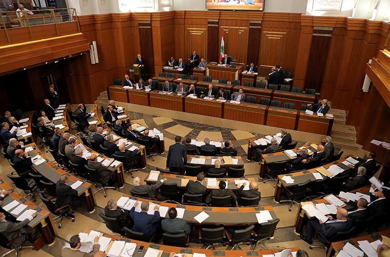 طالب نواب «الوفاء للمقاومة» بإحالة اقتراحات القوانين المالية على اللجان النيابية (هيثم الموسوي)