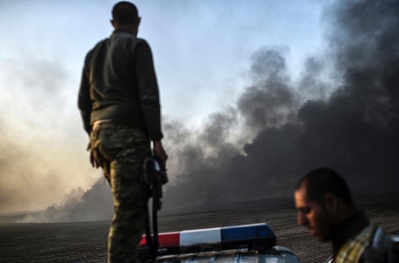 تقدمت القوات العراقية على عدد من المحاور (أ ف ب)