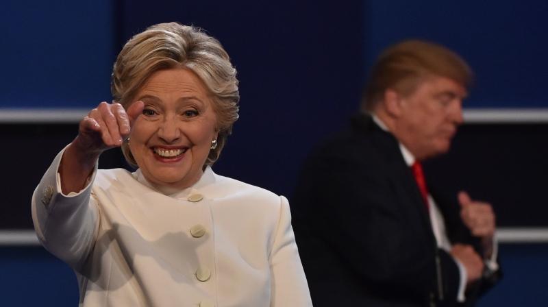 انهالت الأقلام لانتقاد ترامب منذ تكريسه رسمياً المنافس الوحيد لكلينتون  (أ ف ب)