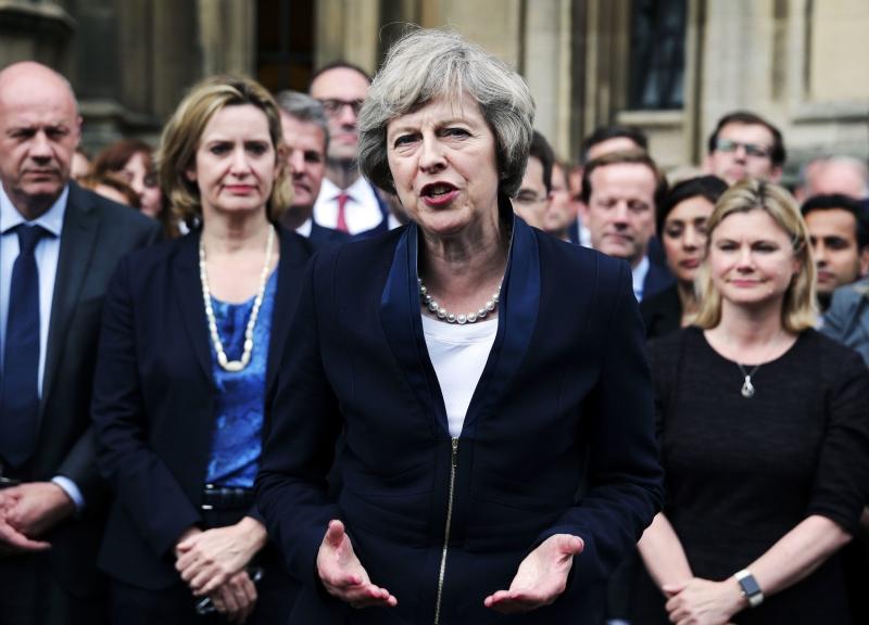 شدّد محافظون في البرلمان على ضرورة سيطرة ماي على «المتمردين»