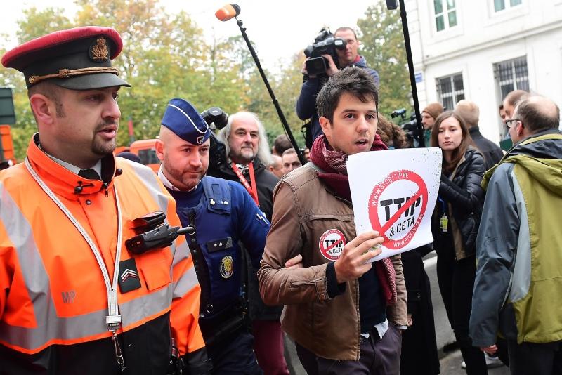 رئيس وزراء بلجيكا: لن نتمكن من توقيع معاهدة «سيتا»