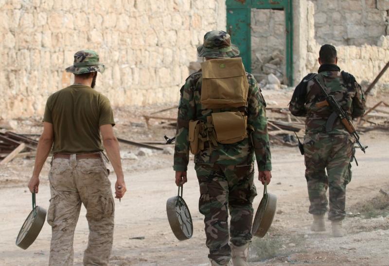 توعّد قائد عمليات حلفاء الجيش أنقرة بردّ «حازم» في حال تخطي الخطوط الحمر (أ ف ب)