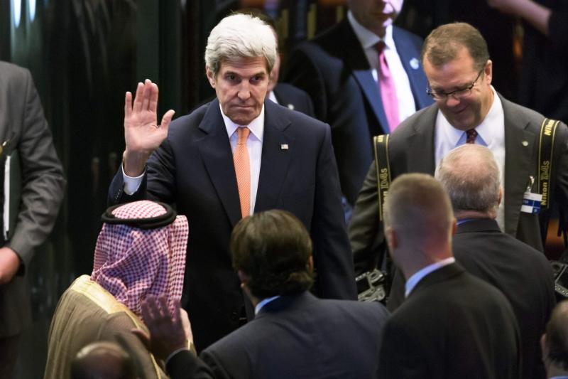 يمثّل ولد الشيخ المنظومة التي تخوض الحرب على اليمن (أ ف ب)