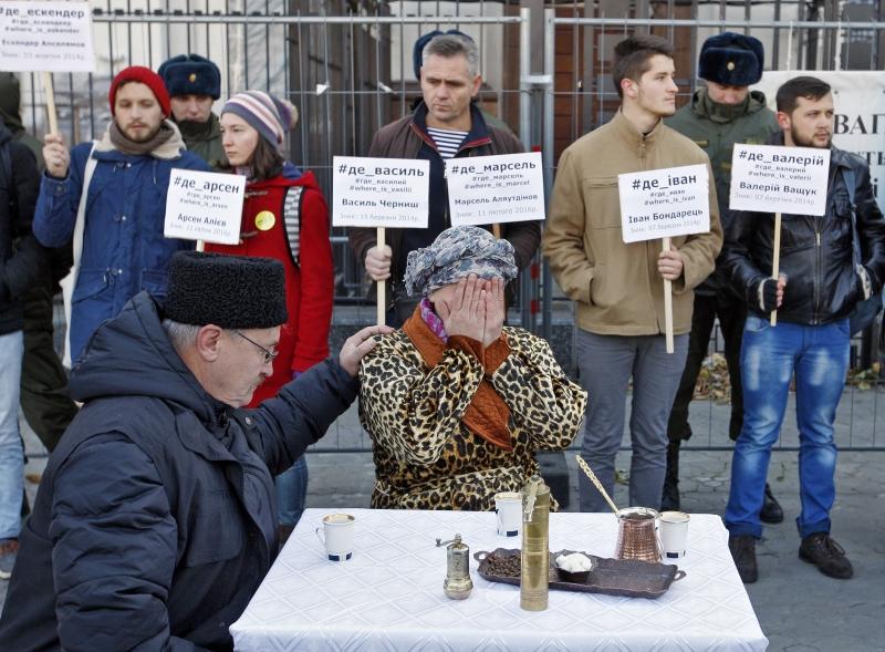 غياب الاستقرار في أوكرانيا يُفشل إخفاء صفقات مماثلة (الأناضول)