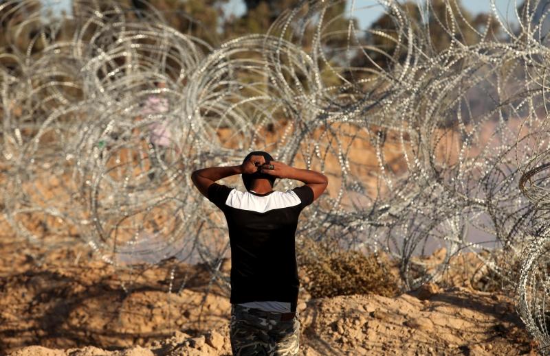 الطرق مغلقة أمام الجمهور: لا انتفاضة على السلطة ولا احتجاج على «حماس» (آي بي ايه)