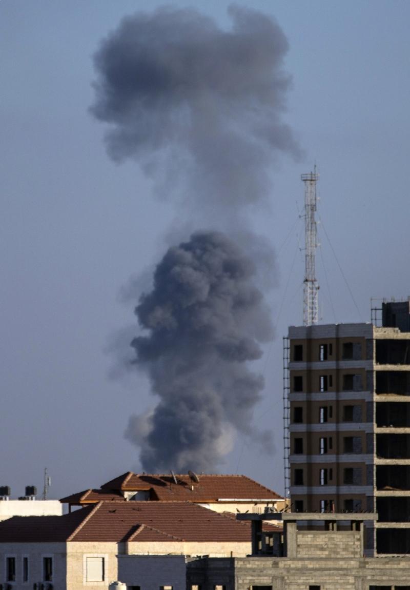 أعنف الغارات كانت على دوّار ملكة بأكثر من 16 صاروخاً (أ ف ب)