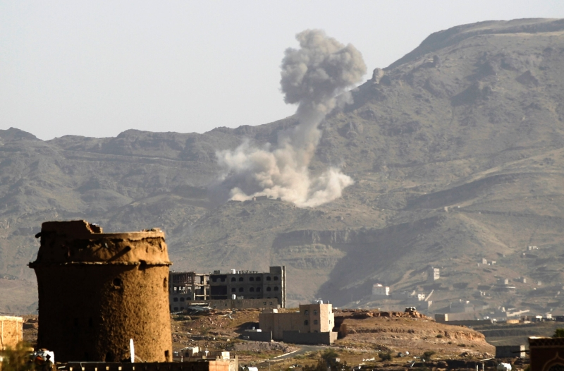 أكد وفد صنعاء أن استمرار الغارات الجوية بهذه الوتيرة يعدّ أبرز العراقيل أمام الحل السياسي