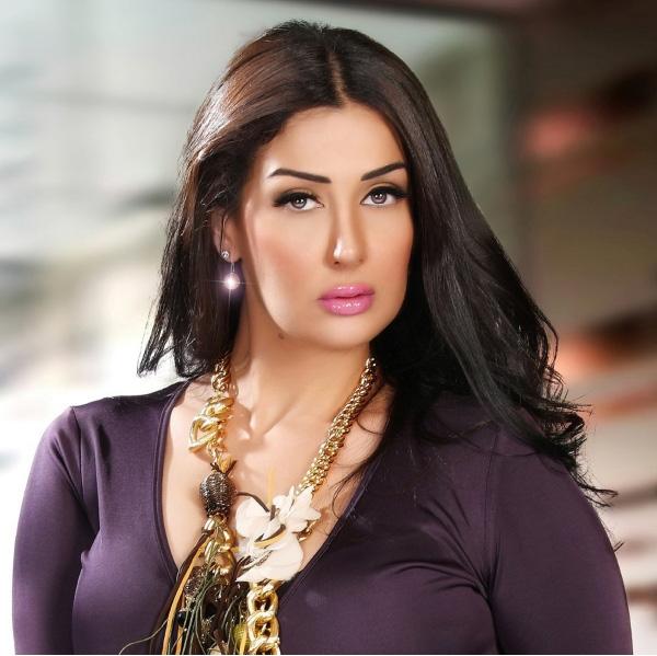 غادة عبد الرازق تكشف التحولات في المجتمع المصري في مسلسلها «أرض جو» (تصوير خالد فضة)
