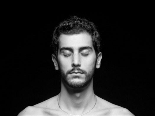 «رجال» علي شحرور لحظة الكشف والانكسار