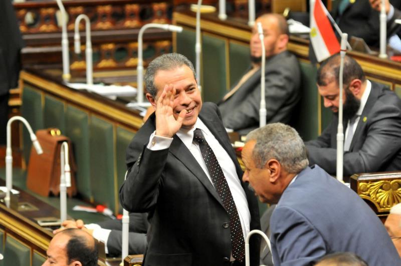 شهدت القاعة مشادات أثناء الانتخابات الداخلية وحلف القسم الدستوري