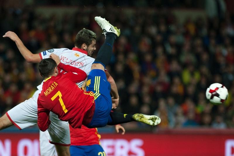 """تتغنى اسبانيا بمواهبها المحلية التي لا تترك لها حاجة لاستقدام لاعبين انكليز الى """"الليغا"""" (أ ف ب)"""