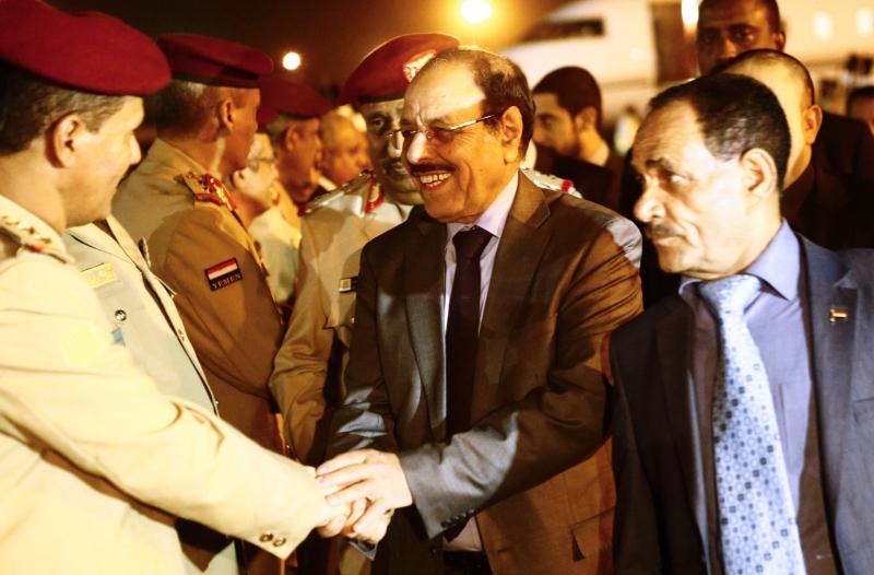 اقتُرح تعيين نائب جديد لهادي بعد عودته إلى الرئاسة لفترة (أ ف ب)