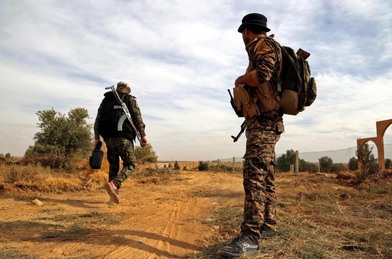 أعلنت واشنطن أن «الوحدات» الكردية ستخرج من منبج نحو شرقي نهر الفرات (أ ف ب)