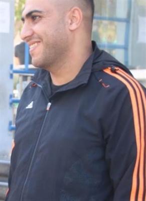 عبد الوهاب جبارين إلى جانب محاميه مرام حمود (ويب)