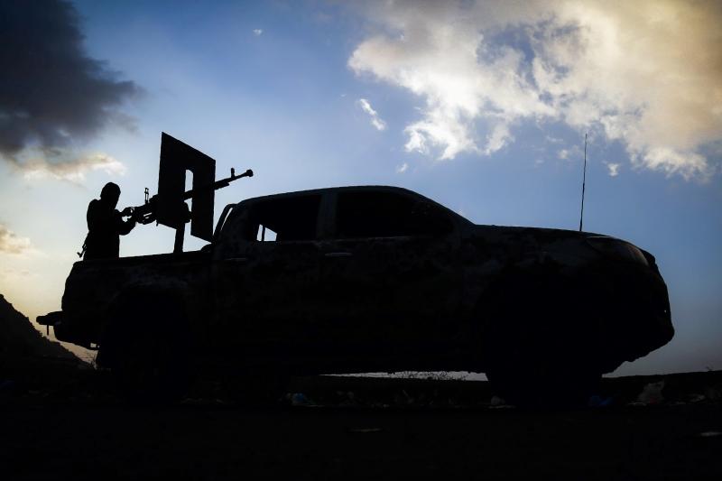استهدفت القوات اليمنية تدمعاً للقوات الموالية لـ«التحالف» في ميدي