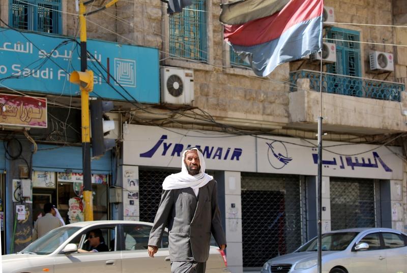 سبّبت سطوة «الإدارة الذاتية» الكردية على الحسكة والقامشلي ببروز «حُكمَيْن» متعارضين يهددان المنطقة بالانفجار (أ ف ب)
