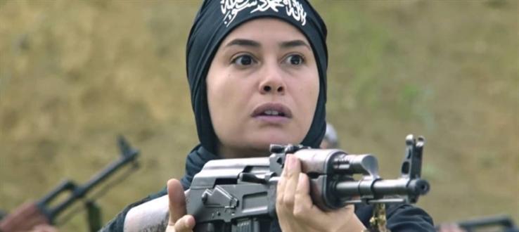 هند صبري في مشهد من الفيلم