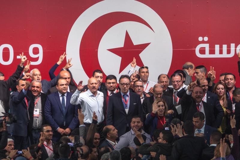 ينتقد معسكر مرزوق «رغبة البعض في الهيمنة على الحزب بالقوة»