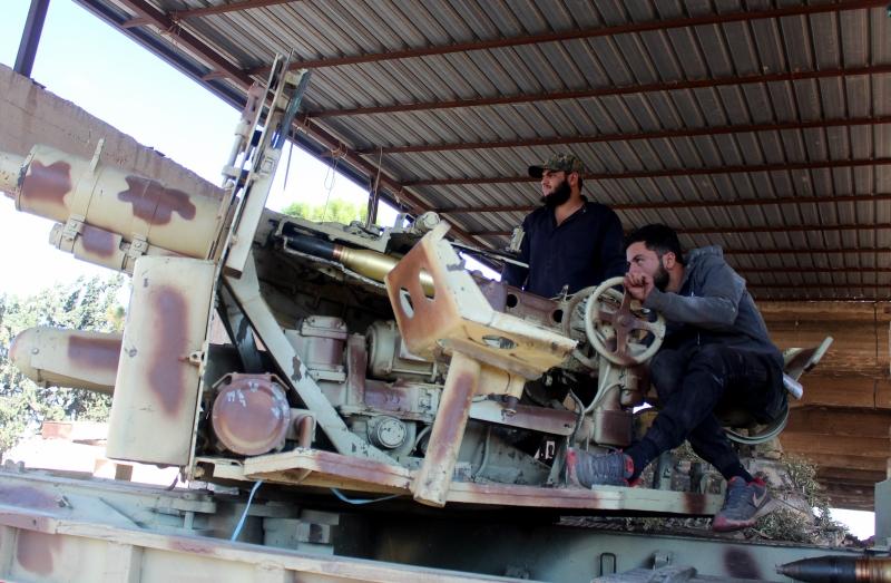 حالة الاستعصاء أمام المهاجمين بدأت بالظهور بعد يومين شديدي  الصعوبة على الجيش السوري (الأناضول)