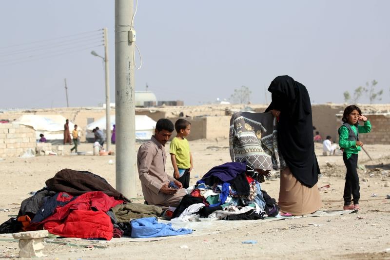 نازحون من الموصل في مدينة الحسكة السورية (دليل سليمان ــ أ ف ب)