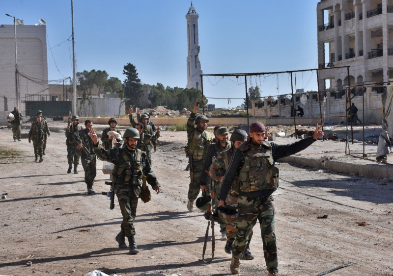 تمكّن الجيش وحلفاؤه من ضبط إيقاع جبهة المدينة الغربية ومنع أي خروق (أ ف ب)