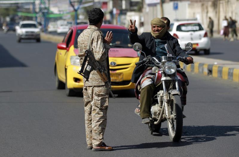 في ظل سيطرة «القاعدة» على حضرموت قدم محافظها استقالته