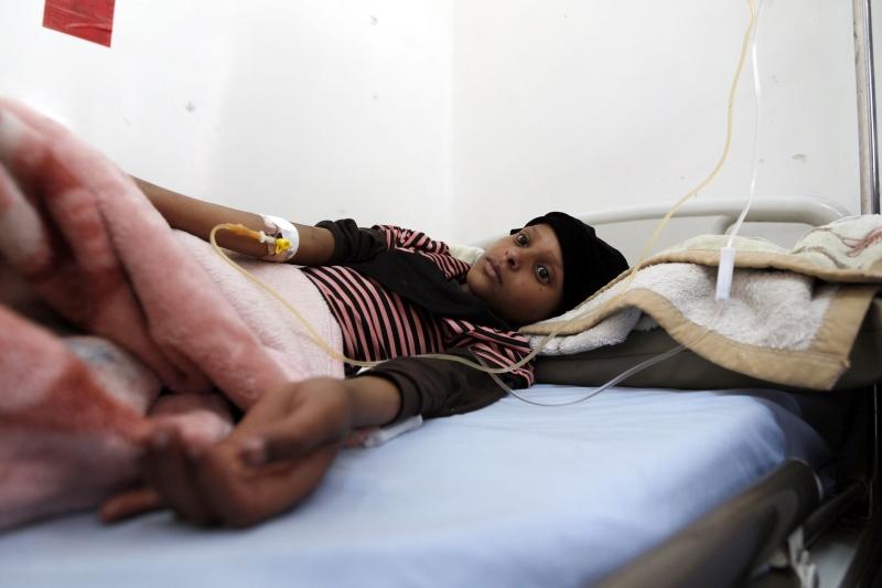 للمرة الأولى، تطاول موقع شرقان صواريخ الكاتيوشا اليمنية (أ ف ب)