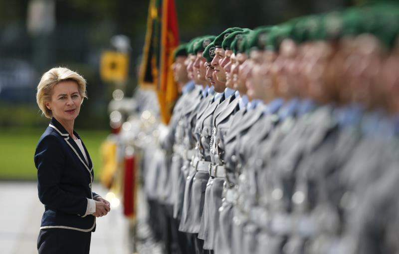 فون دير ليين: «لا نستبعد نشر قوات ألمانية في ليبيا، فبرلين لن تتنصل من مسؤولياتها»