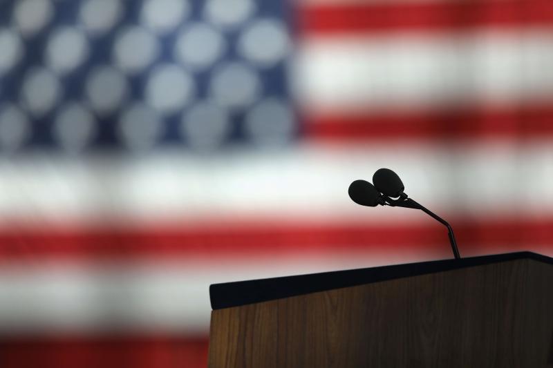 ما تقوله الانتخابات الرئاسيّة الأميركيّة ليس في النتيجة النهائيّة، بل العبرة الحقيقية هي الانقسام الواضح في الولايات المتحدة (أ ف ب)