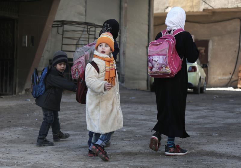 يحافظ 6663 مدرسّاً وإدارياً على انتظام العملية التربوية في محافظة إدلب